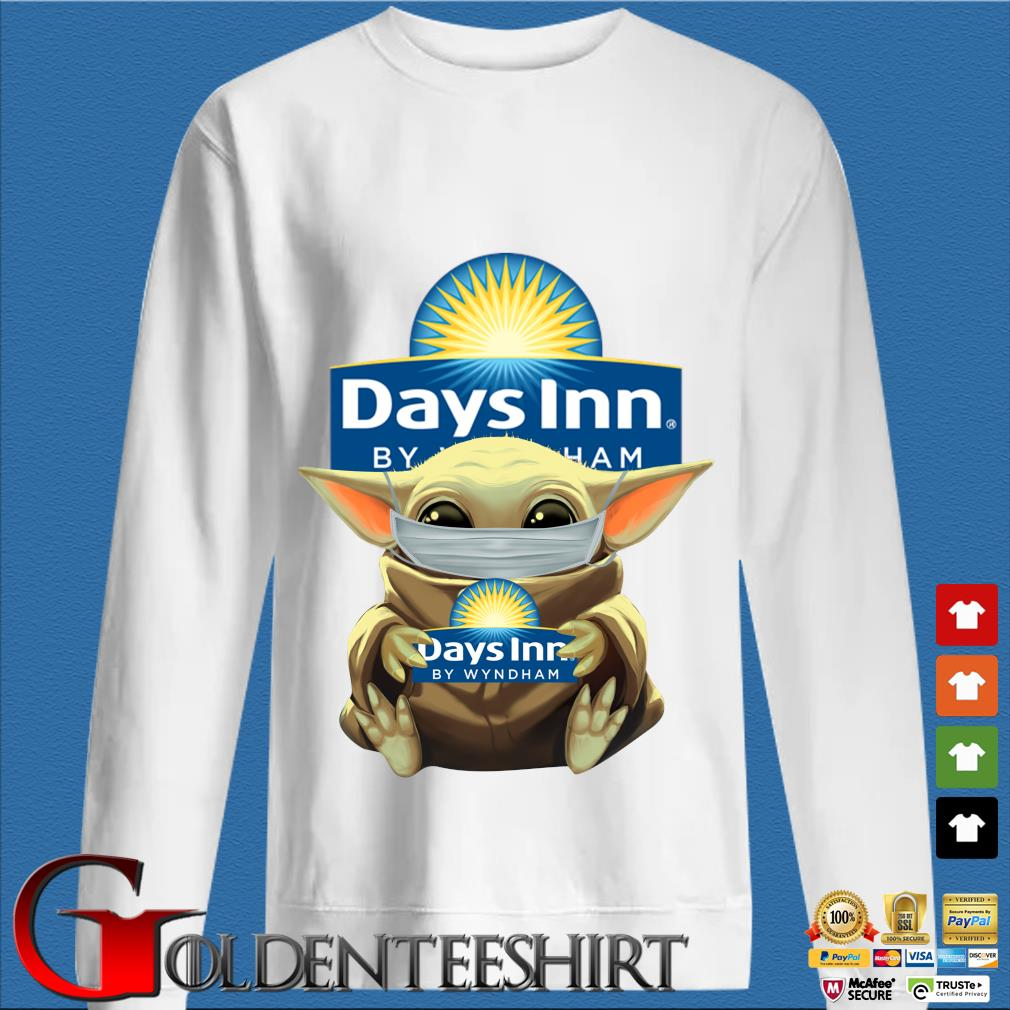 Baby Yoda Mask Hug Days Inn By Wyndham Shirt trang Sweater