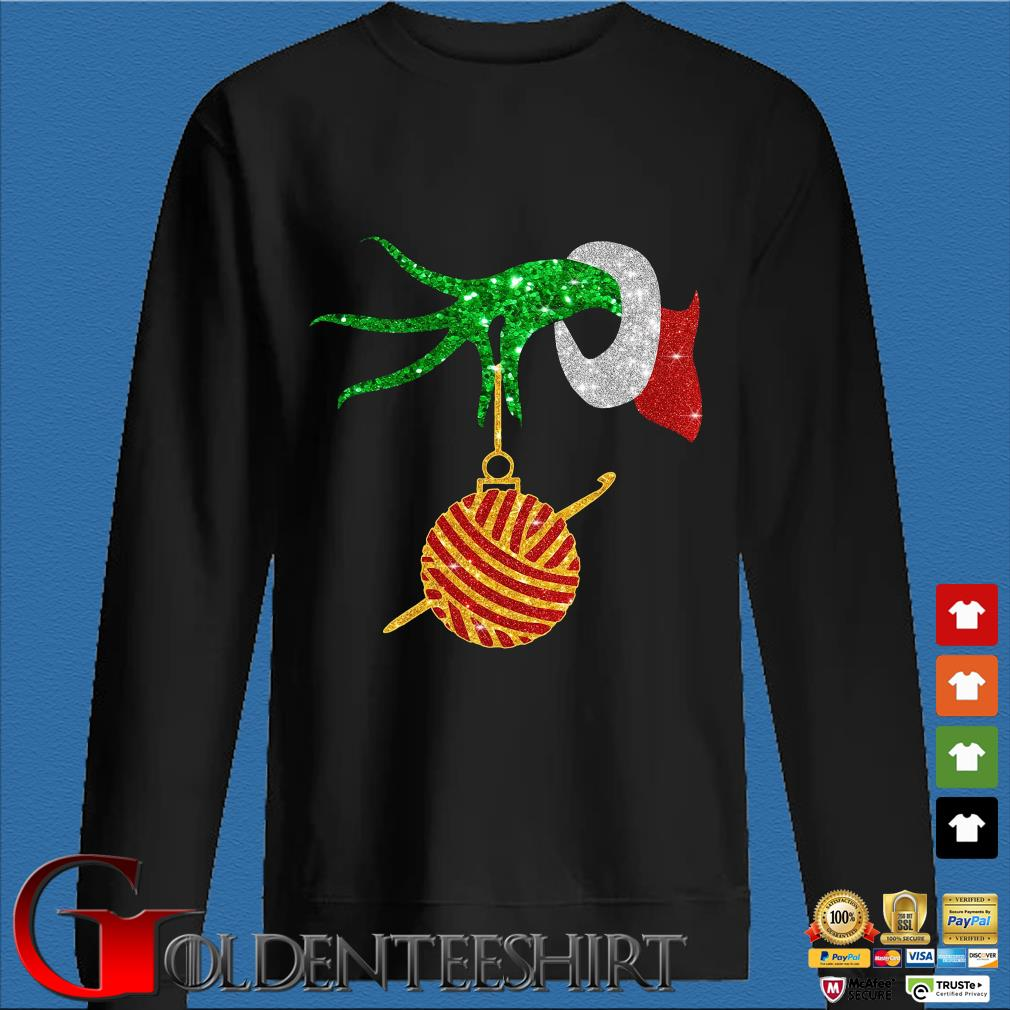 Grinch holding Las Vegas Raiders happy Hallothanksmas shirts Den Sweater